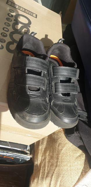 Шкіряні взуття дитяче