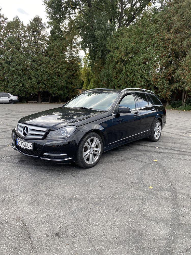Mercedes-Benz C220 2013