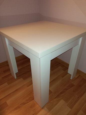 Sprzedam biały stolik