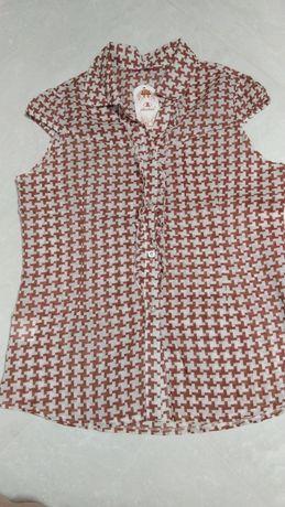 Блузка, ремень в подарок.