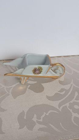 Limoges !Miniaturka taczki porcelana złocona .
