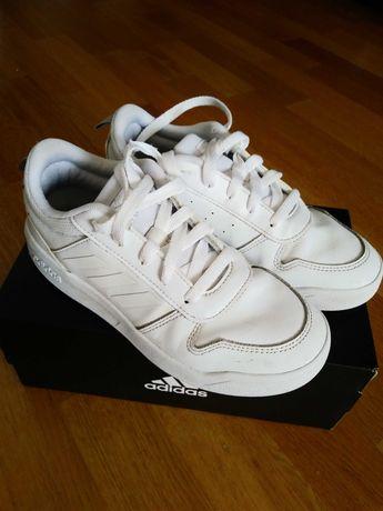 Buty sportowe ADIDAS, rozm.34,białe,Komunia