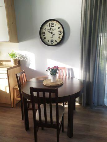 Stół (BJURSTA) + 4 krzesła