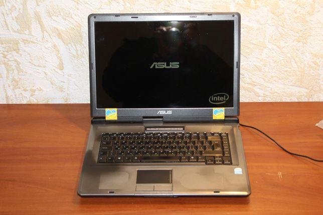 """Asus X51L Pentium DC T2390 1.86/3gb/160gb/15.4"""""""