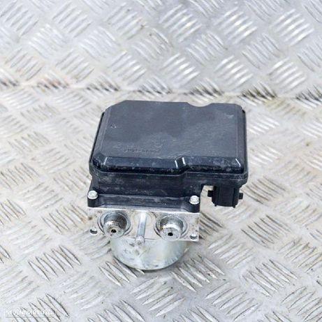 NISSAN: 99889180 , A98000B51, TD8405 Módulo de ABS NISSAN JUKE (F15) 1.6