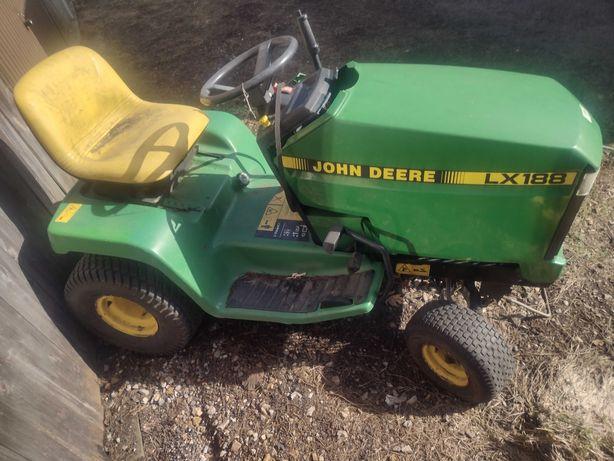 Traktorek ogrodowy kosiarka JOHN DEERE LX188 LX 188 kosisko silnik itd