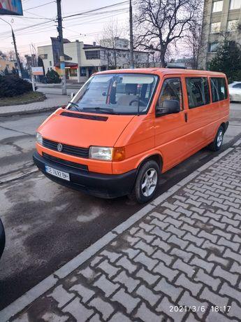ПродаетсяVolkswagen T42000 год, 2.5,75 кв.