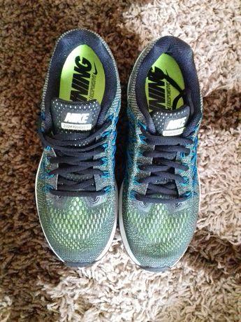 Sprzedam nowe, buty firmy Nike Zoom Pegasus 32 Running