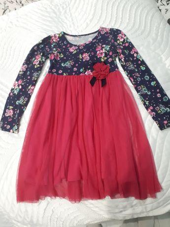 Sukienka z tiulem r. 128