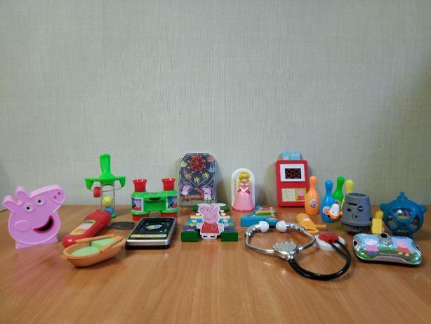 Продаю игрушки из журнала Свинка Пеппа (+ несколько в подарок)