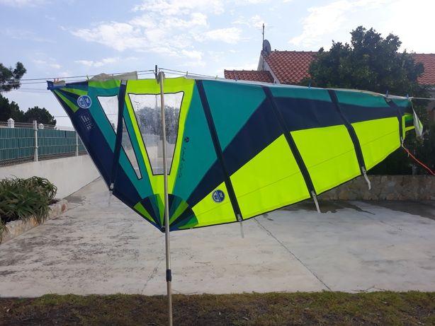 Vela de windsurf