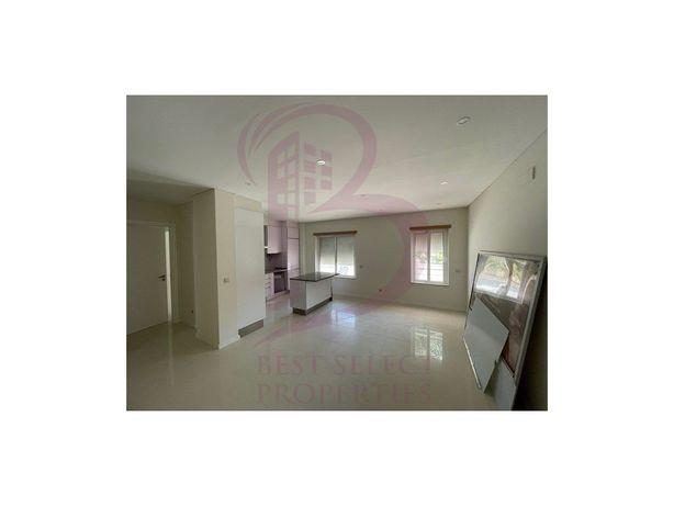 Apartamento T1, com piscina, garagem perto da praia para ...
