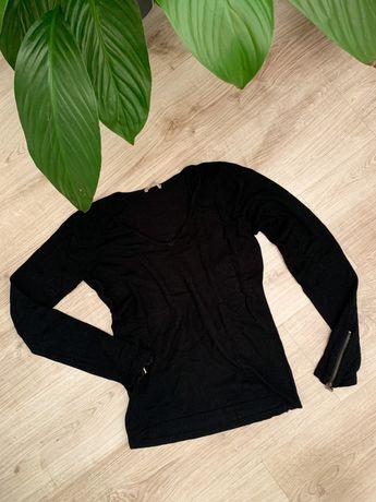 Sweterek Orsay, ozdobne rekawy