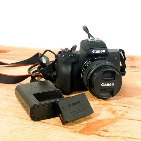 Canon M50 + 15-45 mm f/3.5-6.3