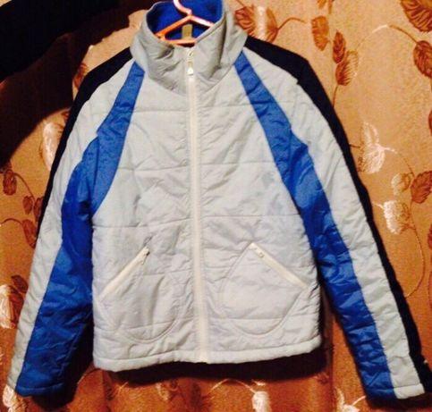 Курточка на девушку