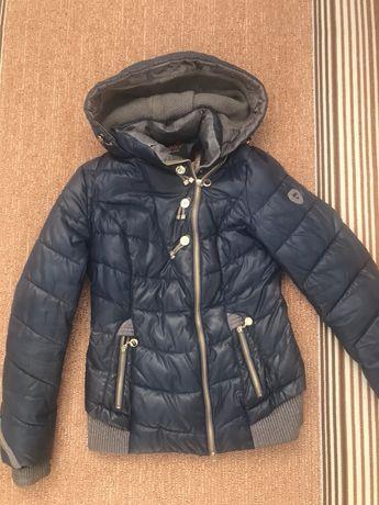 Куртка осінь-весна
