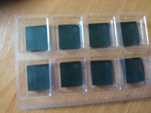Чипы памяти K4G41325FE (самсунг ) от сапфир рх 580 нитро