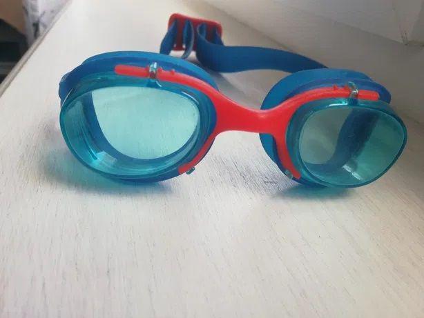 Okulary do pływania Decathlon, rozmiar S.Okulary do pływania Decathlon