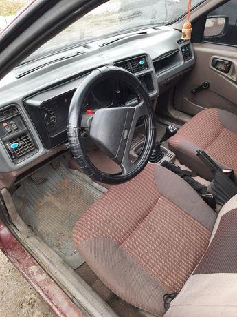 Ford sierra 1.6 бензин