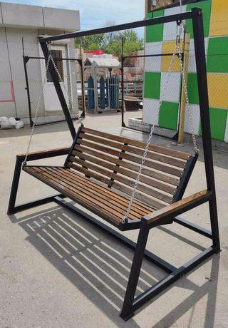Изделия из метала: мангалы , стулья, заборы, качели и тд.