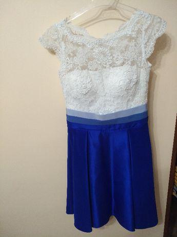 Piękna , chabrowo-biała sukienka, roz. S.