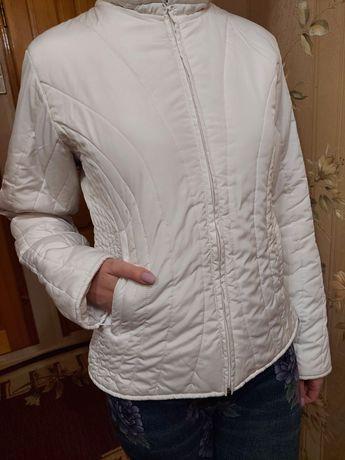 Женская весенняя куртка. Демисезон. Размер М