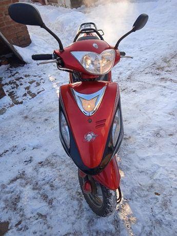 Продам скутер Deffiant