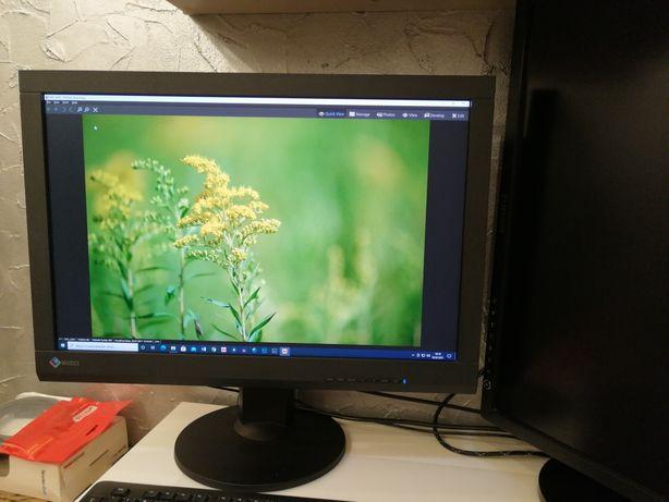Monitor graficzny Eizo CS240 idealny
