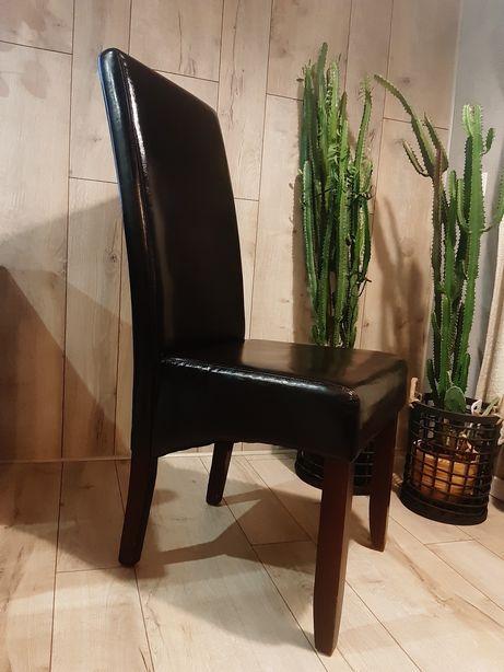 4 krzesła- skóra ekologiczna, drewno Jysk TUREBY