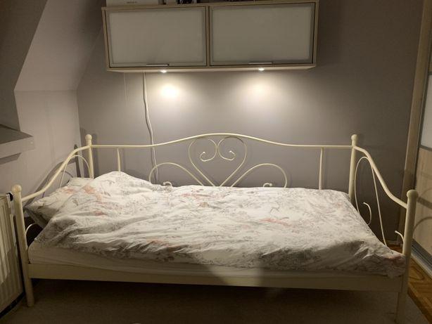Piękne łóżko z ozdobną ramą 90x200 i materac WELLPUR