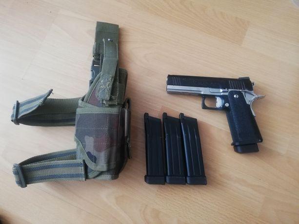 Replika asg pistolet Hi Capa 4.3 tokyo marui, colt, magazynki