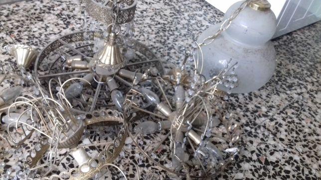 Antigos candeeiros muito bonitos para quem gosta