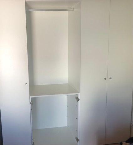 Movel armario de parede 2,10x1,92M