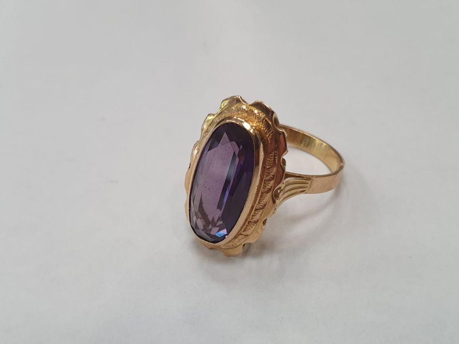 Piękny złoty pierścionek damski/ 585/ 6.8 gram/ Aleksandryt/ R17/ Gdynia - image 1
