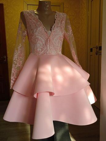 Шикарное платье для фотосессии 44р