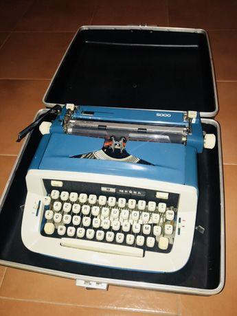 Máquina de escrever Messa 5000
