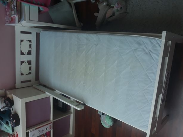 Rama łóżka Kritter 70x160 z materacem IKEA.