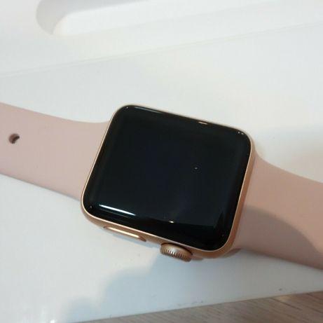 Часы шикарное состояние, ручные Apple watch 2 38mm Как новый!