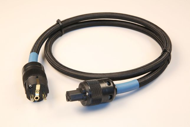 Kable zasilające STRUSS (2,0 mb). Przygotuj się na Więcej!