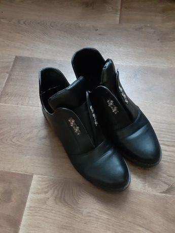 Жіночі ботинки демосезон