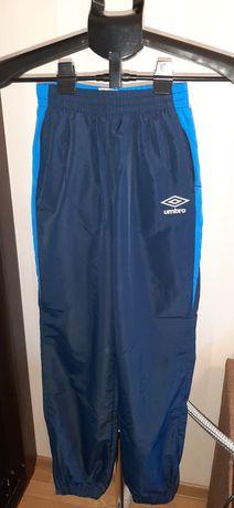 Спортивные штаны Umbro рост 152