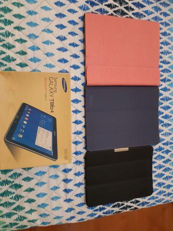 Tablet Samsung Galaxy Tab4 com as capas e a caixa
