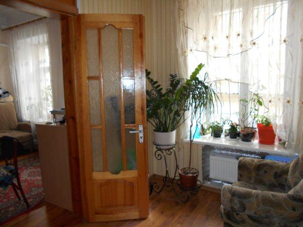 Б Хмельницкого/Мясоедовского 82 м два входа 4 комнаты два уровня