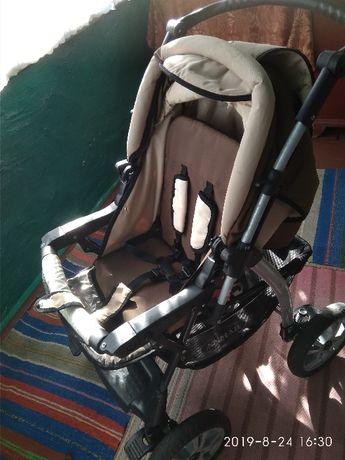 Продам дитячу коляску в гарному стані