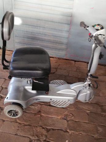 Wózek, skuter inwalidzki elektryczny