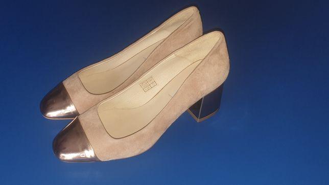 Продам молодіжні каблуки