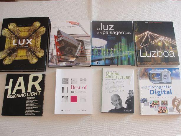 livros sobre arquitetura, arte, luz, design e digital.