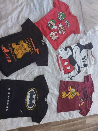 T-shirts disney 6-7 anos