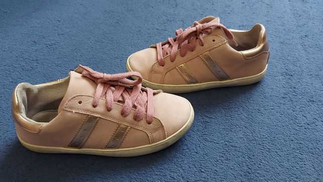 Кроссовки-кеды для девочки