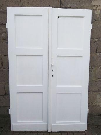 Drzwi wewnętrzne podwójne dwuskrzydłowe i pojedyncze drewniane